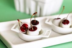 Amaretto-Soaked White Chocolate Cherries....what a way to get a buzz on!