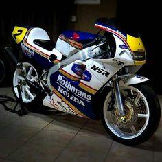 Suzuki Motorcycle, Moto Bike, Honda Motorbikes, Bullet Bike Royal Enfield, Gp Moto, Cafe Racing, Honda Bikes, Sportbikes, Racing Motorcycles