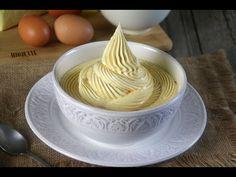 Video y receta, para preparar una Crema de mantequilla francesa, con una base de yemas batidas. Esta crema es perfecta, para rellenar y cubrir pasteles Cake Decorating Videos, Cake Fillings, Drip Cakes, Cakes And More, Royal Icing, Sweet Recipes, Food To Make, Peanut Butter, Caramel