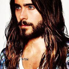 Howdy do. #beard #hair #hashtag #uh #wtf #JL #JaredLeto
