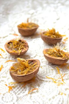 Walnut shell candle with calendula-5 pcs-Pure by CuteThingsOnEtsy