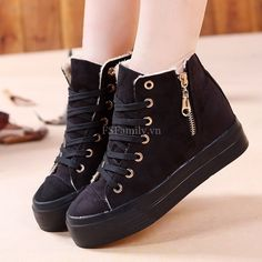 Best Shoes 2020 on - Casual shoes Fashion Heels, Fashion Boots, Sneakers Fashion, Pretty Shoes, Beautiful Shoes, Korean Shoes, Mode Rock, Kawaii Shoes, Hype Shoes