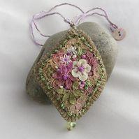 Картинки по запросу pictures for textile pendants
