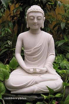 Vietnamese Buddha. Present moment, wonderful moment...