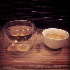 Чем меньше чашка - тем вкуснее чай! У нас всегда есть в наличии оба пункта :)))