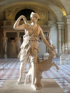 RomanDiana of Versailles, 2nd century AD. Discovered in Italy - Roman copy of Greek statue attributed to Leochares ca 325 BC.
