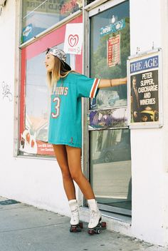 ICECOLD   via Tumblr love the oversize jersey