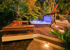Backyard Deck Design by no means walk out types. Backyard Deck Design may be embellished in several techniques every househol Spa Design, Deck Design, Design Ideas, Landscape Design, Railing Design, Design Inspiration, Exterior Tradicional, Hot Tub Deck, Hot Tub Backyard