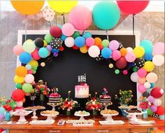 How to make a balloon arch (video!) & reader photos - The House That Lars Built: