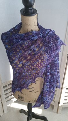 Crochet Bluebell Diamonds Shawl by AriadnesCrochetDream on Etsy