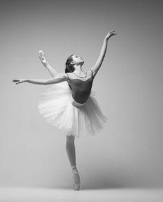 Karina Kravtsova Карина Кравцова, Vaganova Ballet Academy АРБ им. А.Я.Вагановой - Photographer Viktoria Maley