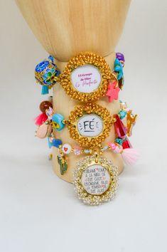 Accesorios de Amor y protección Bracelet Watch, Accessories, Handmade Jewelry, Hand Made, Handmade Accessories, Wings, Bangle Bracelets, Jewelry Accessories