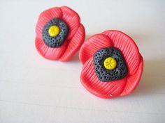 Poppy studs earrings