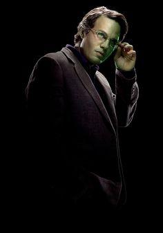 凶暴な緑の巨人ハルクに豹変してします映画ハルクのブルース・バナー。