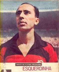 Esquerdinha - 1952 - excelente atacante que jogou 277 partidas pelo Flamengo e fez 110 gols. Foi Tri Carioca 1953/54/55 (Esporte Ilustrado).