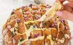 Borrelbrood met kaas ui en knoflook