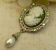 Antique cameo brooch with pearl in silver green historical costumes baroque - pinned by pin4etsy.com