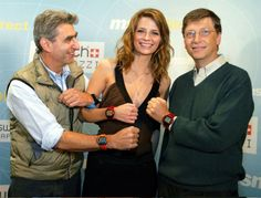 Microsoft Is Also Developing Smart Watches  http://technolookers.com/2013/04/15/microsoft-is-also-developing-smart-watches/#axzz2QYRk2VNF