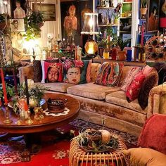 180 awesome bohemian living room decor ideas - page 19 > Homemytri. Bohemian House, Bohemian Living, Décor Boho, Boho Living Room, Bohemian Interior, Bohemian Decor, Living Room Decor, Bedroom Decor, Bohemian Gypsy
