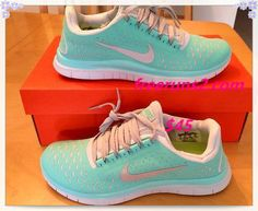 Love the color! I want a pair of Nikes so badly!!!
