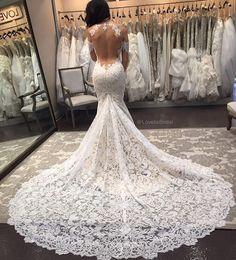 Ines Di Santo 'Delight' gown.