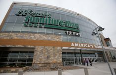 How to shop Nebraska Furniture Mart, the biggest furniture store in the state. It's north of Dallas.