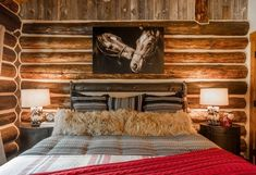 Sweet Western Cabin Bedroom - Love The Horse Decor Theme on Home Inteior Ideas 330 Log Home Bedroom, Log Cabin Bedrooms, Guest Bedroom Decor, Rustic Bedrooms, Master Bedroom, Bedroom Ideas, Cabin Homes, Log Homes, Log Home Decorating