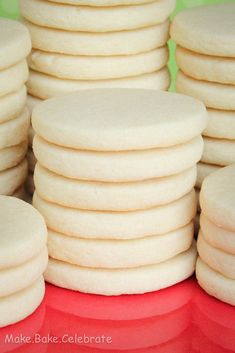 Rolled Sugar Cookies 3 cups flour 1 TSP baking powder 1 cup unsalted butter 1 cup sugar 1 large egg 1 TSP vanilla extract Instructions In a separate bowl whisk together flour and baking powder. Beat together unsalted butter an Roll Cookies, Cookies Et Biscuits, Yummy Cookies, Best Sugar Cookies, Cookies Light, Easy Butter Cookies, Bee Cookies, Homemade Sugar Cookies, Baking Cookies