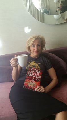 I love blonde Scully! Dana Scully, Gillian Anderson, Blade Runner, Illinois, Star Trek, Chris Carter, New R, Trust No One, Cinema