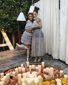 ChloexHalle Chloe Halle, I Love Being Black, Grown Ish, Straight Weave, Ace Family, Black Lady, Dreadlock Hairstyles, Celebs, Celebrities