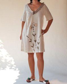 Linen lady dress/Neck V lace tunic/Butterfly fleur by Danideng, $89.00