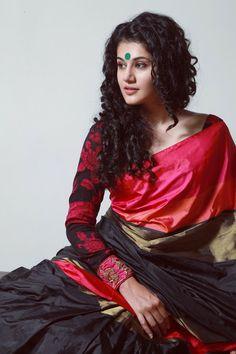 A light kanjeevaram saree styled with a kalamkari blouse highlighted with zardozi cuffs