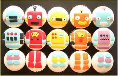 yes i love robots and these cupcakes are cute. this site has cool robot themed party ideas!