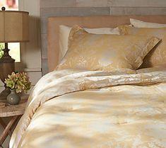 Casa Zeta-Jones Floral Jacquard Reversible FL Comforter Set