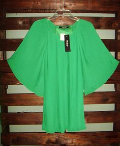 Ark & Company Green Accordian Pleated Blouse