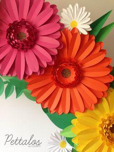 Paper Flowers / Party Favors / Flower Design / Paper Instalation / Flores de papel / Instalación de papel / Mesa dulce / Gerberas / Fiesta mexicana / Mexican Party