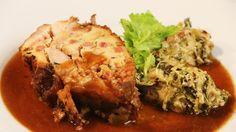 Nadívaný vepřový bok se zadělávanou kapustou. Pečené hrušky s nugátem v bezé Meatloaf, Pork, Beef, Tv, Kale Stir Fry, Meat, Meat Loaf, Pigs, Ox
