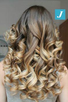 Gradazioni e sfumature Degradé Joelle  #cdj #degradejoelle #tagliopuntearia #degradé #igers #musthave #hair #hairstyle #haircolour #longhair #ootd #hairfashion #madeinitaly #wellastudionyc