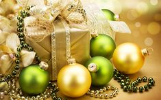 Download wallpapers Christmas, New Year, gifts, balls, christmas decorations, xmas