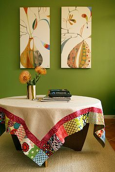 I used a lot of fabric scraps for this patchwork table cloth especially for our birthday table. It will just be used on four days a year but will always be something special. Sewing Crafts, Sewing Projects, Boho Home, Quilted Table Runners, Round Tablecloth, Patch Quilt, Deco Table, Mug Rugs, Table Toppers