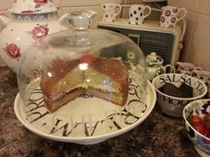 Victoria Sponge Cake, Pudding, Desserts, Food, Tailgate Desserts, Deserts, Custard Pudding, Essen, Puddings