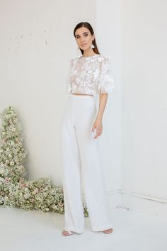 lace top Meda paired with ivory pants Bridal Pants, Wedding Pants, Bridal Jumpsuit, Bridal Tops, Bridal Lace, White Pants Outfit, Lace Top Dress, White Dress, White Bridal Shower