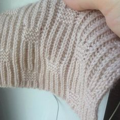 Chunky Knitting Patterns, Knitting Stiches, Knitting Charts, Lace Knitting, Knitting Designs, Tricot Simple, Russian Online, Online Diary, Baby Knits