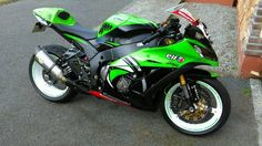 Discover All New & Used Motorbikes For Sale in Ireland on DoneDeal. Buy & Sell on Ireland's Largest Motorbikes Marketplace. Kawasaki Ninja, Price Drop, Motorbikes, Motorcycle, Vehicles, Biking, Biking, Car, Motorcycles