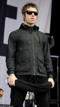 'Beady Eye are no longer': Liam Gallagher announced the sad news on Saturday without sharing the reason behind the band's break-up Liam Gallagher Jacket, Liam Gallagher Noel Gallagher, Indie Fashion Men, Oasis Band, Mod Hair, Beady Eye, Mod Look, Britpop, Fashion Project