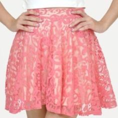 Pink Floral Lace Skirt Pink with a nude underlay. Worn once for a few hours at a wedding shower. Gold hardware. Would look PERFECT with nude shoes or a simple top! H&M Skirts