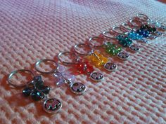 HELP THE KENNEL! - Keychain with dog and colored beads by moonlightcreazioni. Explore more products on http://moonlightcreazioni.etsy.com