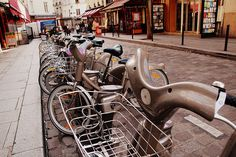 Thinking of renting a bike in Paris? Learn all about the Velib' city bike rental scheme, including advice on how to pay and safety tips for users .