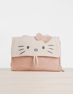 Hello Kitty cosmetics bag with hanger - Accessories - Oysho & Friends - Serbia
