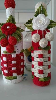 And Lovely Crochet Ideas With Knitting Patterns - Latest ideas information Crochet Christmas Decorations, Crochet Decoration, Crochet Christmas Trees, Christmas Crochet Patterns, Holiday Crochet, Christmas Knitting, Crochet Motif, Crochet Designs, Crochet Flowers